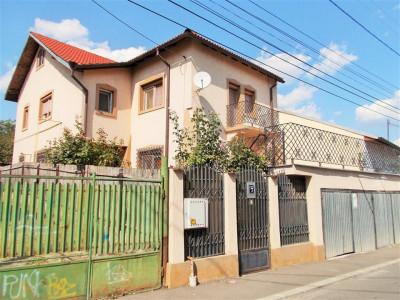 Comision 0 -Vanzare casa P+1 semicentral in Targoviste