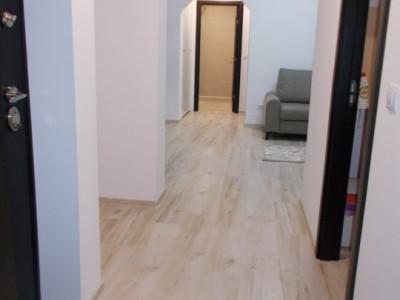 COMISION 0-Vanzare apartament 3 camere, etaj 2, micro 9 Targoviste