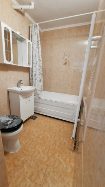 COMISION 0-Vanzare apartament 3 camere, micro 6 Targoviste