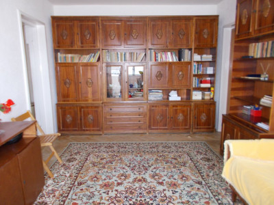 Comision 0 - Vânzare apartament 2 camere, etaj 4, micro 9 Târgoviște