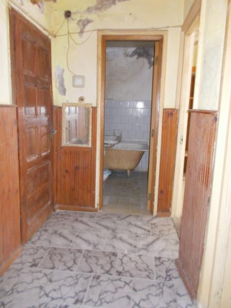 Comision 0 - Apartament 4 camere, etaj 3 micro 9 Târgoviște