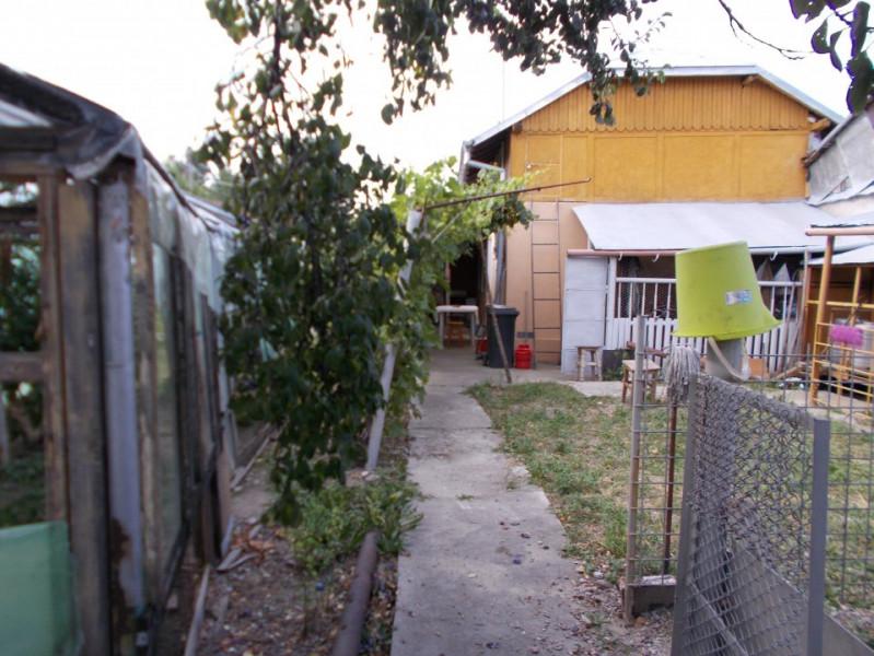 Comision 0 - Casă în centrul comunei Răzvad, Dâmbovița