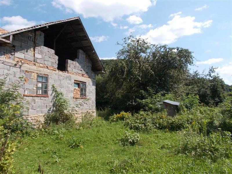 Comision 0 - Casă de vânzare în Bezdead - Dâmbovița, în apropiere de Breaza.