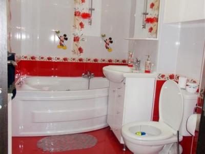 Vanzare apartament 2 camere - LUX in Gaesti etaj 1