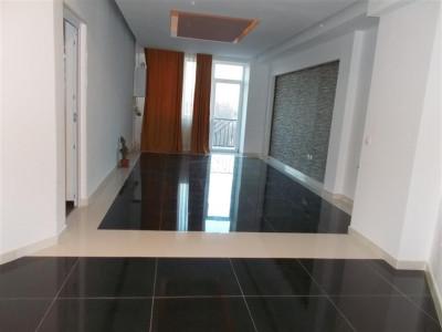 Vanzare apartament 2 camere semicentral in Gaesti jud. Dambovita