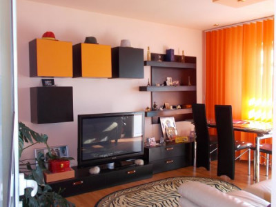 Apartament 4 camere, decomandat, zona centrala - Moreni